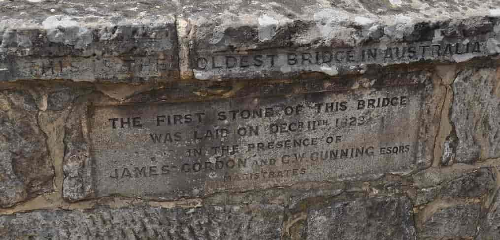 engravings showing when Richmond Bridge Tasmania was built